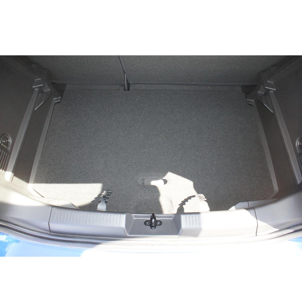 Vana do kufru Audi Q7 5D 05R fixace v kufru s mřížkou v kufru