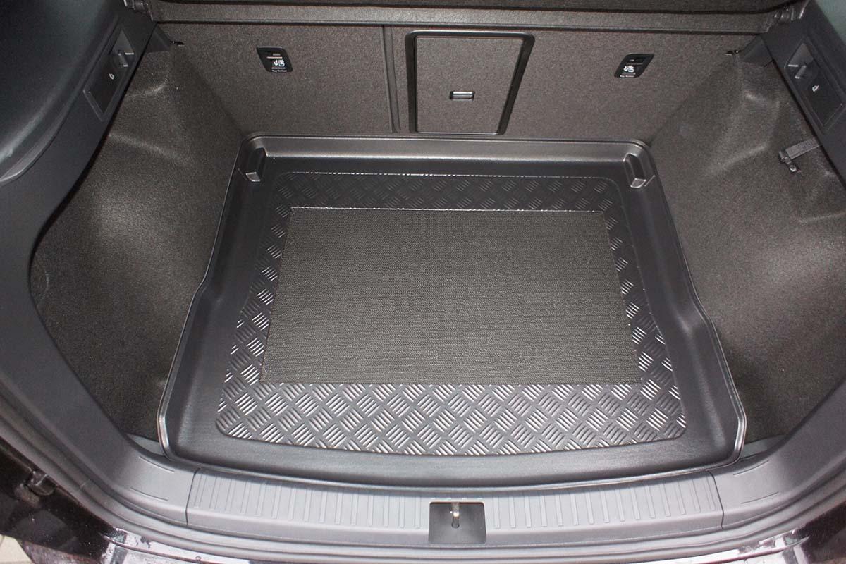 Vana do kufru Audi A8 a Audi A8 Quattro sed 4D 10R rezerva