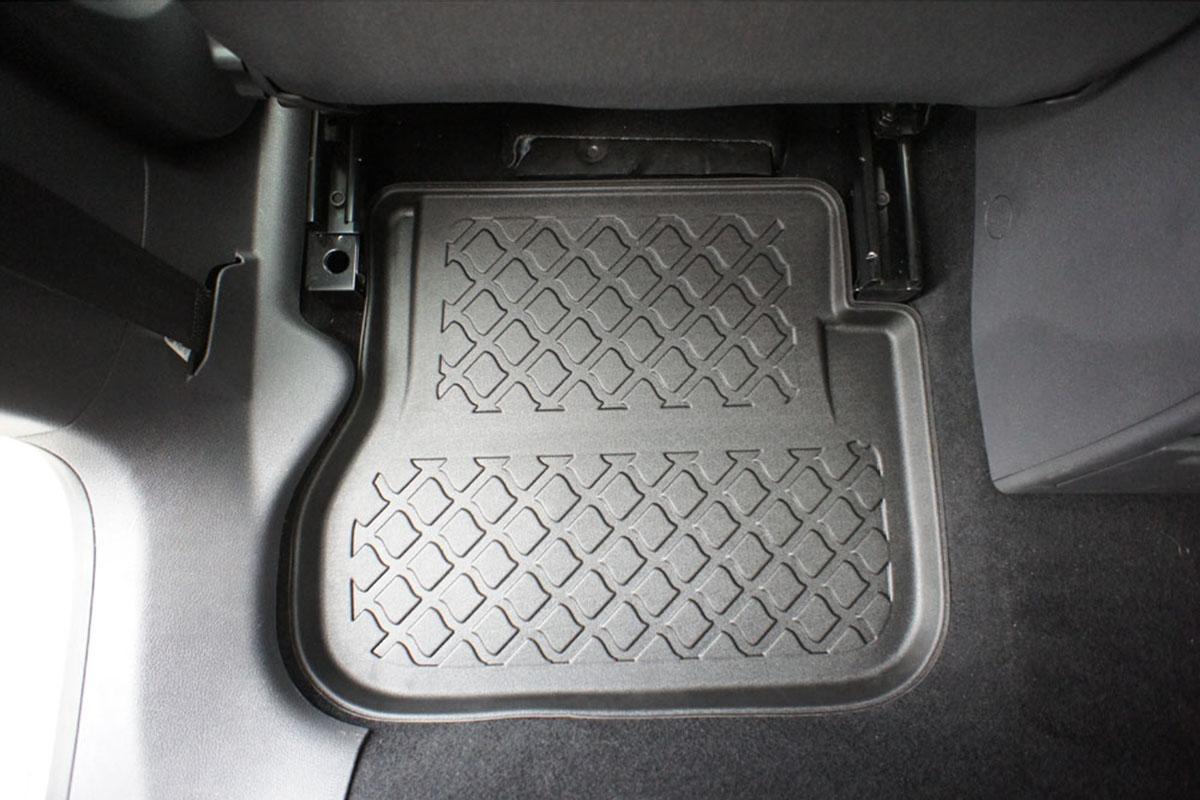 Audi A4 4D 96--01R sed
