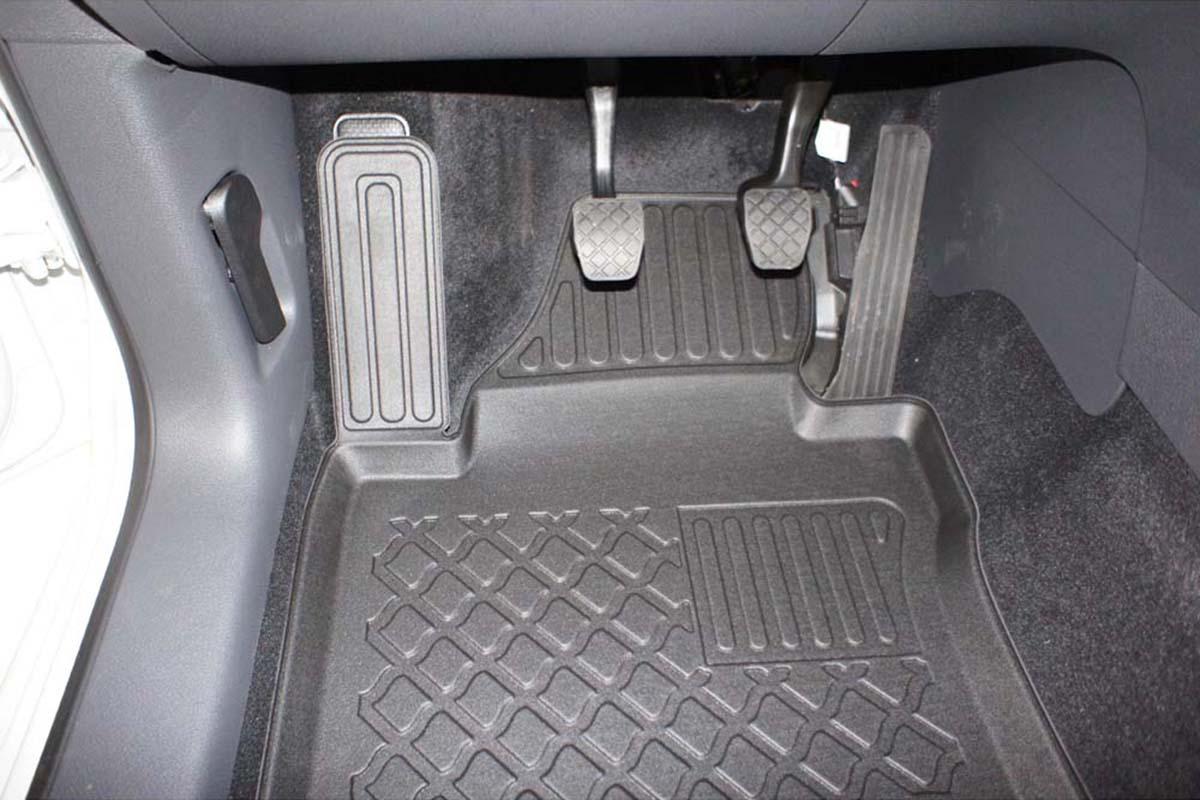 Audi A4 4D 08R sed