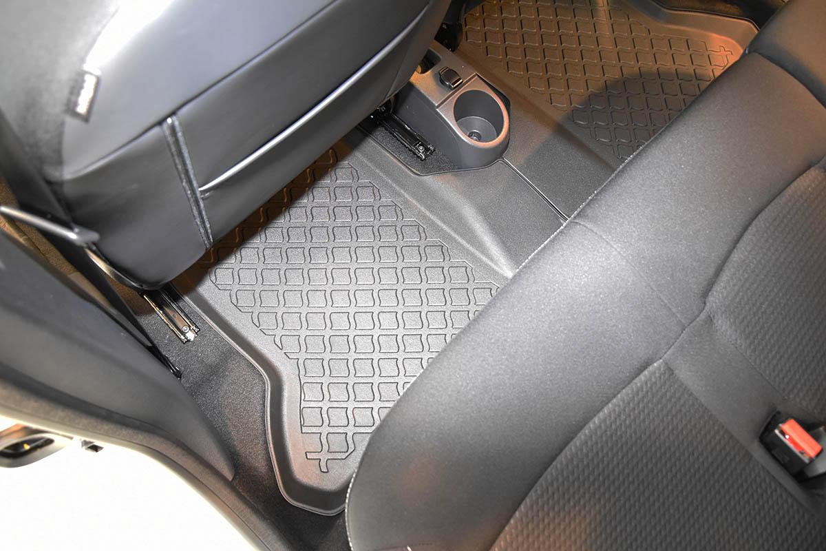 Ofuky BMW serie 3 E-30 4D 82--90R (+ zadní) sed/combi