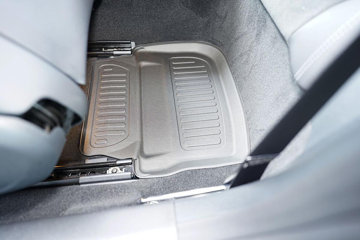 Ofuky oken Ford Fiesta 3dveř přední 89-01 Heko