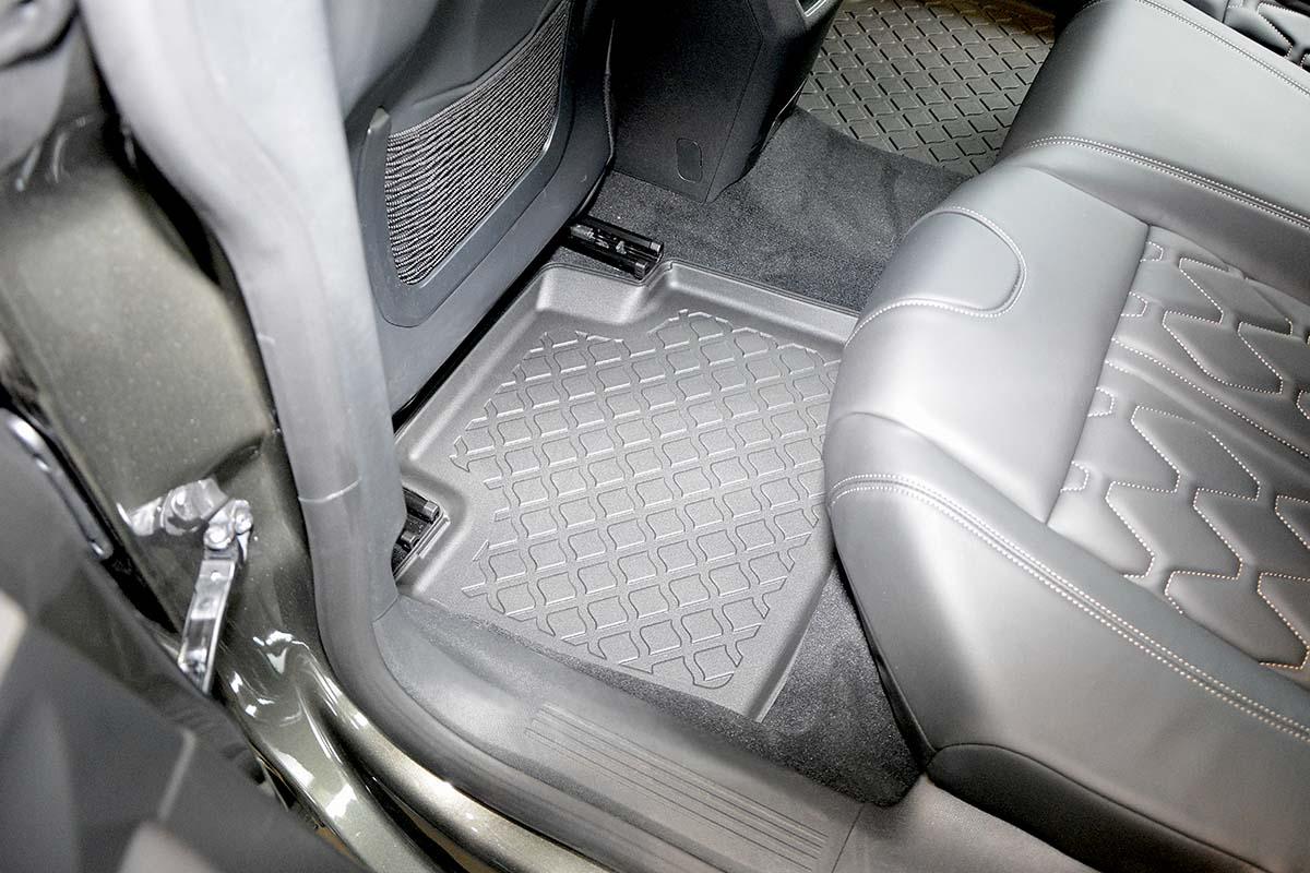 Ofuky Hyundai Sonata EF 4D 99--01R