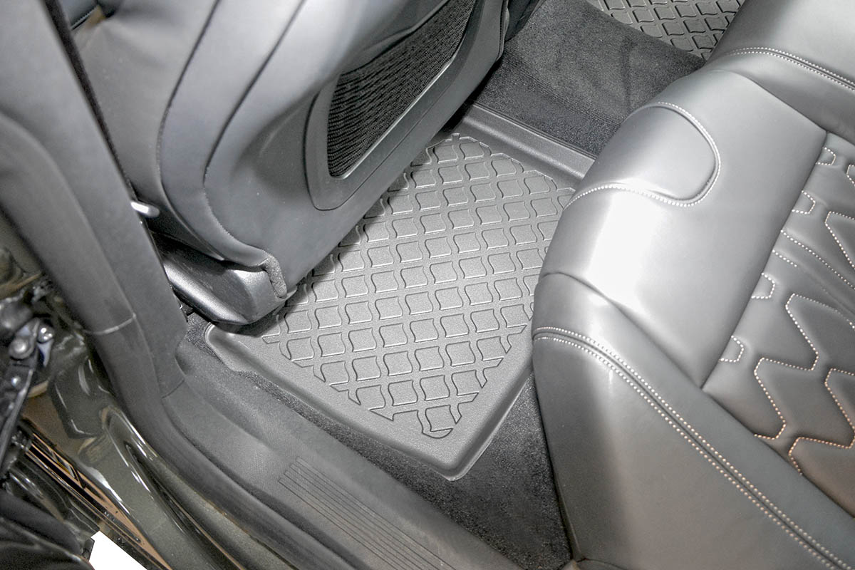 Ofuky Hyundai Sonata 4D 05R